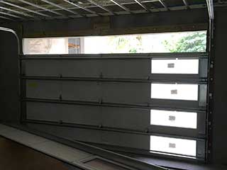 Common Garage Door Panel Issues | New Braunfels, TX